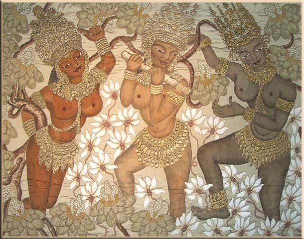 Апсары с разным цветом кожи