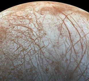 Лед на спутнике Юпитера Европа