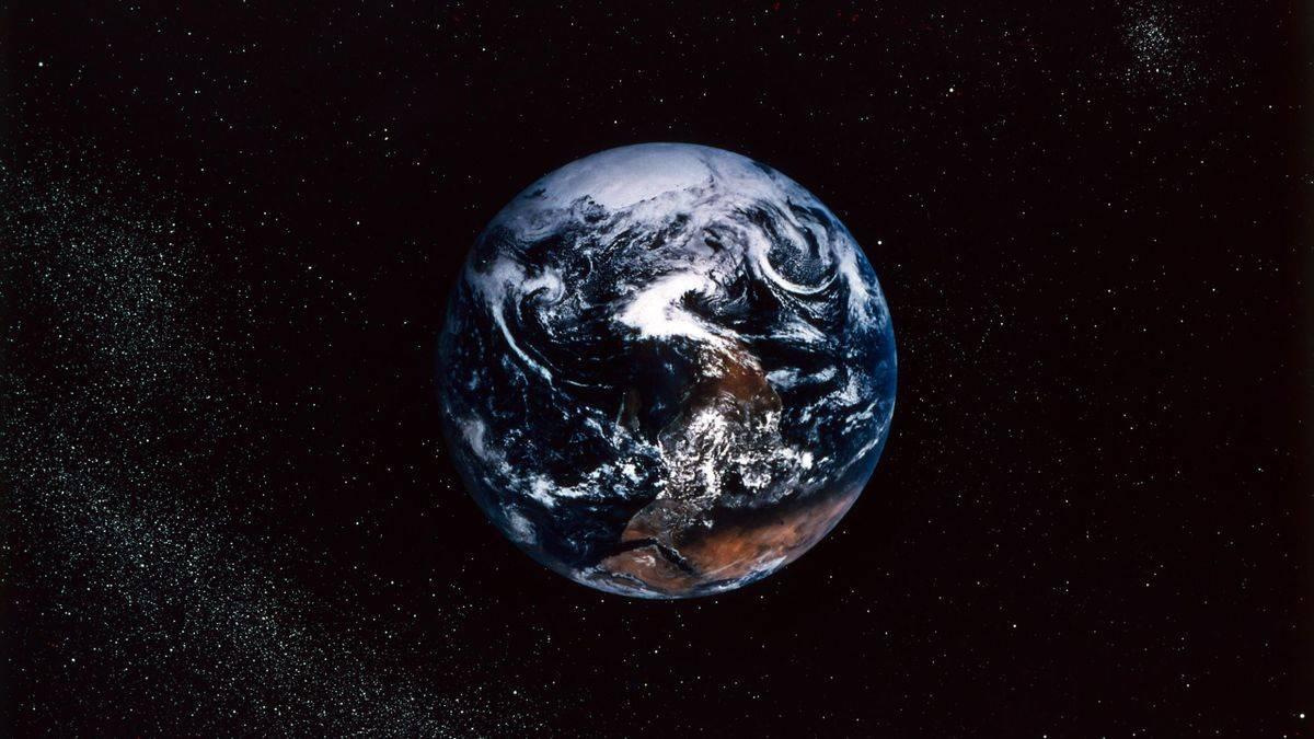 Еще 60 лет назад ученые заявили, что Земля производит некоторые пульсации