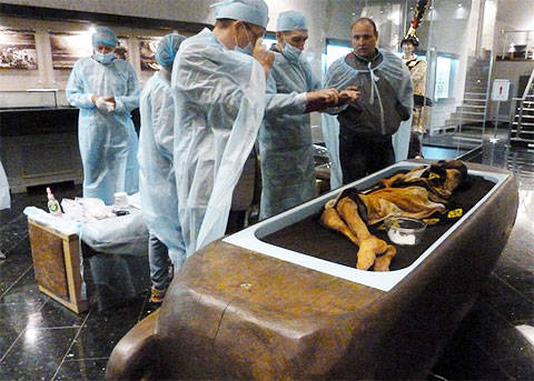 мумия алтайской принцессы в лаборатории