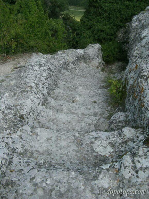 Каменные лестницы