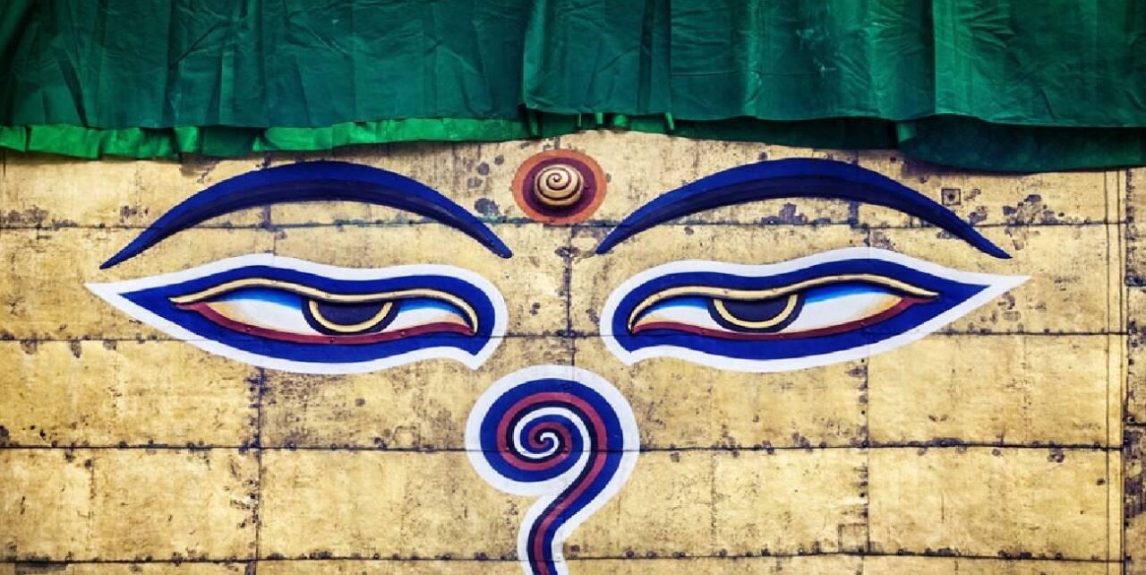 глаза буддийских ступ